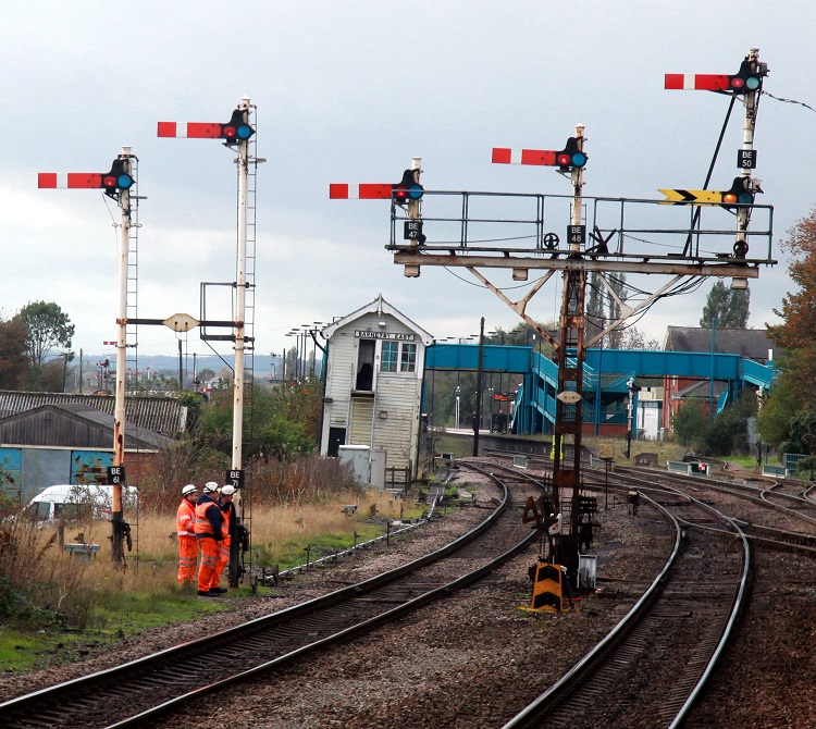 5-Semaphore-signals-and-staff-at-Barnetby-by-Phil-Marsh